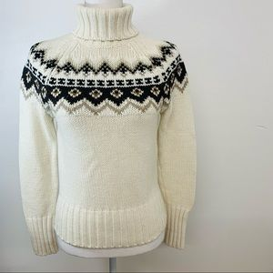 Limited  Womans Sweater Turtleneck  Small   Vintage Made Hong Kong  Cream Ivory